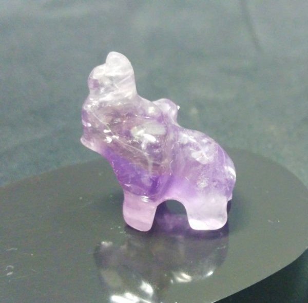 Слонче от аметист